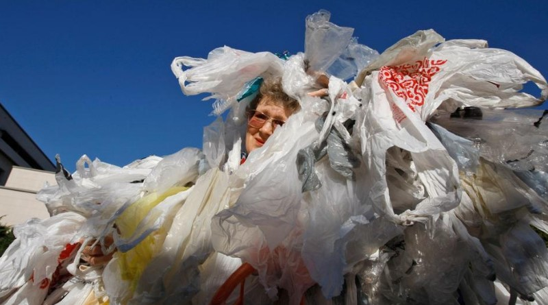 California banned plastic bags. Now it's up to consumers to stop being wasteful