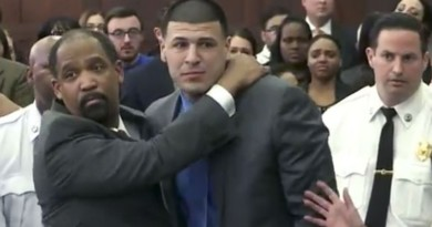 Ex-NFL star Aaron Hernandez dead after hanging self in cell