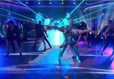 Retired Cubs Catcher Catches Fart in Face on Dancing With the Stars