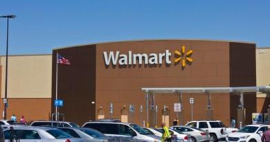 Argument Between Grandmas Ends In Shootout At Texas Walmart, Cops Say